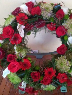 Smútočný vypichovaný veniec Ruža