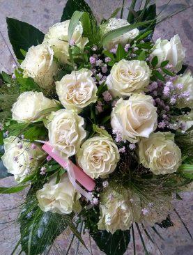Kytica ruží k 18-tym narodeninám